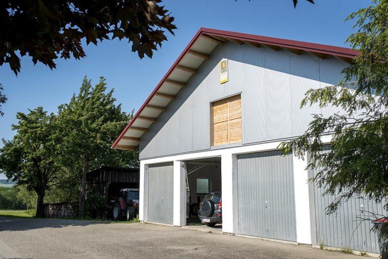 Garage und Maschinenhalle